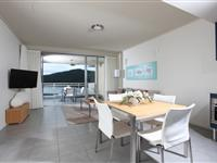 1 Bedroom Dining and Lounge - Peppers Airlie Beach