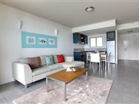 1 Bedroom Open Plan Living - Peppers Airlie Beach