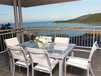 2 Bedroom Balcony with View - Peppers Airlie Beach