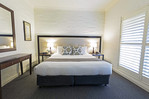 Vintage room accommodation in the Hunter valley