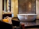 Deluxe Spa Suite luxury living Daylesford Victoria