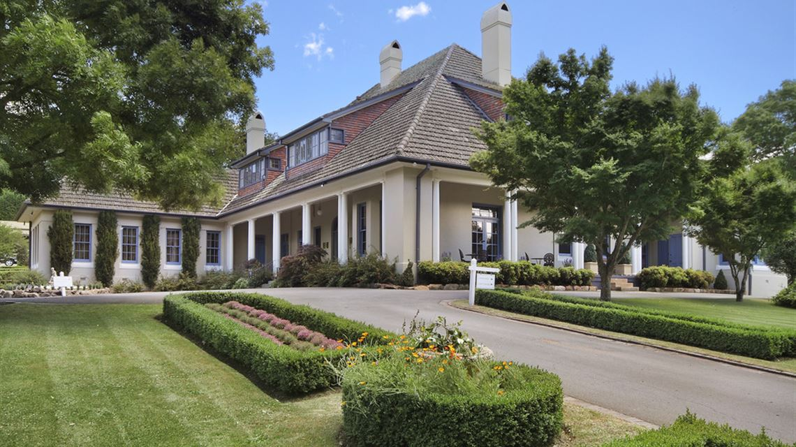 Enjoyable Southern Highlands Accommodation Peppers Manor House Download Free Architecture Designs Scobabritishbridgeorg