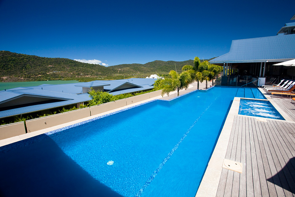 Luxury resort swimming pool in Airlie Beach