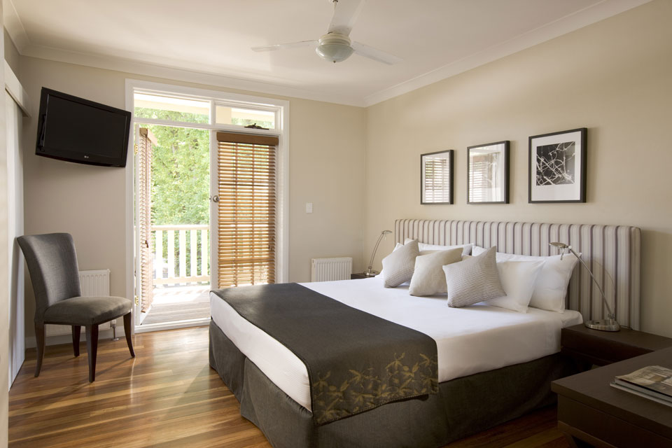 Luxury accommodation for wedding party at Bowral Southern Highlands